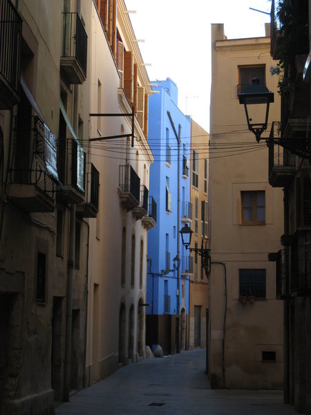 The city of Tarragona is a great rest-day destination, with a nice Catherdral & a number of Roman structures.