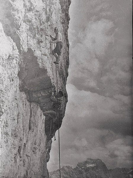 Rock Climbing Photo: Historic photo 1960. Paul Ross and Ralph Blain on ...