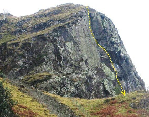 Upper Falcon Crag.The line of Route 1 200' E3 (5.10d).First pitch is not shown