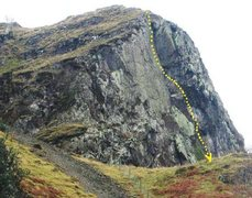 Rock Climbing Photo: Upper Falcon Crag.The line of Route 1 200' E3 (5.1...