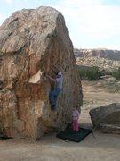 Rock Climbing Photo: Traversing the Dinosaur Boulder at Bone Park, Unaw...