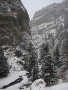 Rock Climbing Photo: Creekside, featuring BingeSide, Brennivin, Fish'n'...