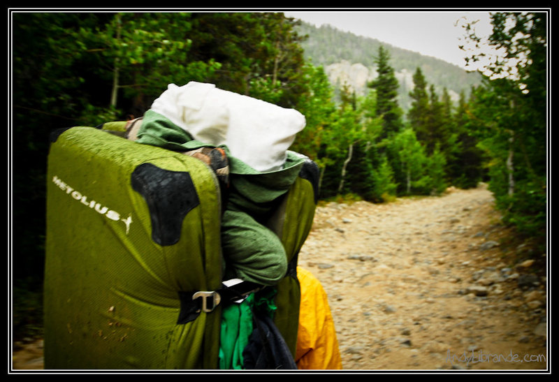 Rock Climbing Photo: Using the crashpads as backpacks can fit everythin...