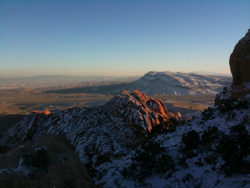 Rock Climbing Photo: Calico in the snow
