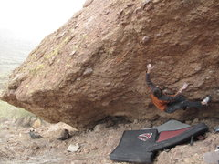 Rock Climbing Photo: Crux move of destroyer, with a two finger wrap aro...