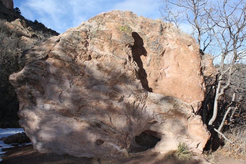 Rock Climbing Photo: Arch Boulder's south face (see the arch?).