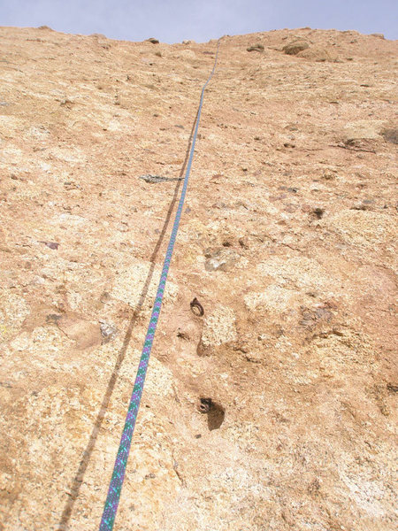 Looking up the 2nd pitch of Goldline while on rappel.