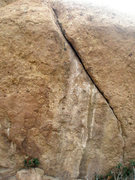 Rock Climbing Photo: This steep finger crack is located on the north fa...