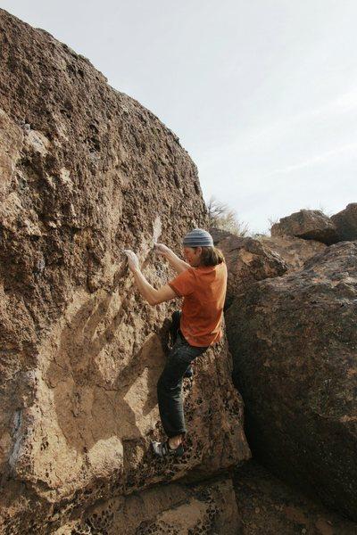 Rock Climbing Photo: Thread the Needle, V2