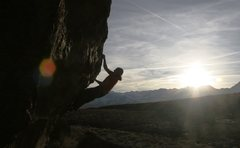 Rock Climbing Photo: Making the crux pull to the horn on The Snapper, V...
