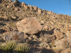 Rock Climbing Photo: Lox Boulder, Joshua Tree NP