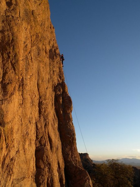 Long runout to the first bolt on Jizzneyland!
