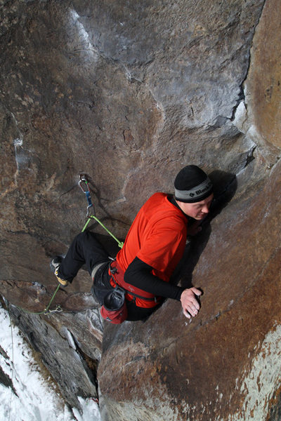 Rock Climbing Photo: james otey in the classically awkward corner of Kn...