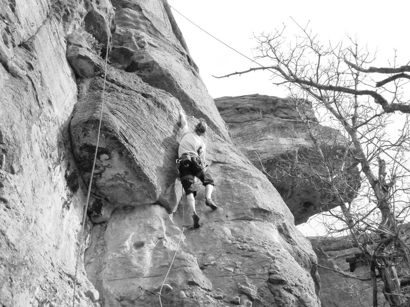 Rock Climbing Photo: Reaching for the big hold.
