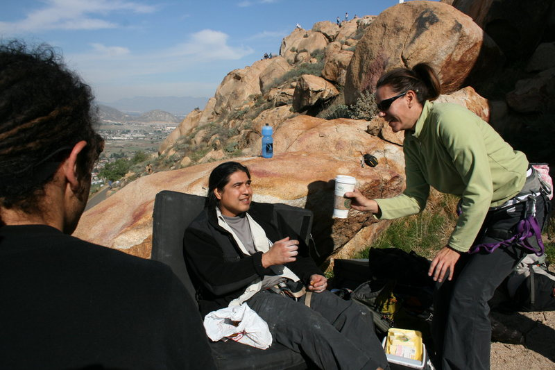 Rock Climbing Photo: Agina returning Als coffee after taking more than ...