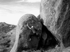 Rock Climbing Photo: Bouldering at the Love Nest Area, Joshua Tree NP