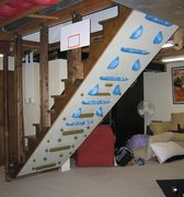 Rock Climbing Photo: H.I.T. system mounted under stairway. (Green textu...