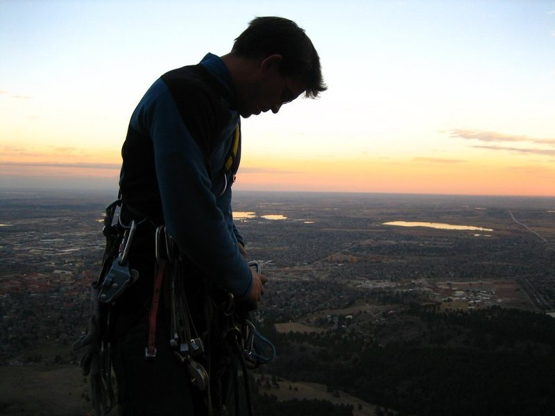 Rock Climbing Photo: Racking up on the big belay ledge at the 4th pitch...