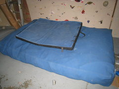 Rock Climbing Photo: Home made crash pads.