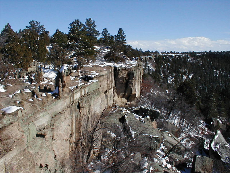 Rock Climbing Photo: Gargoyle Wall from the Top. The Gargoyle is visibl...