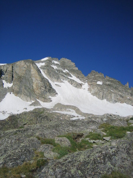 Rock Climbing Photo: Apache from the East.  Queen's Way is the couloir ...