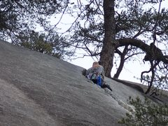 Justin muscling his way up the crack.