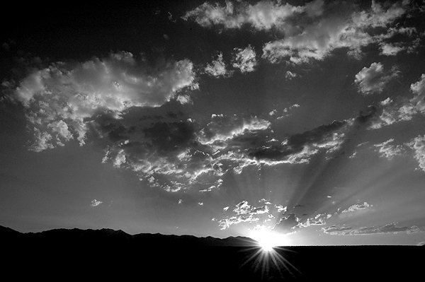 A B&W sunset at Bishop.<br> Photo by Blitzo.
