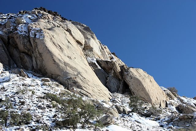 January snow on the Cowboy Crags, Joshua Tree NP