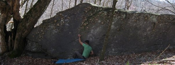 "Aaron Parlier on the sit start to ""Ragoo"" (V-4). Left Boneyard, GHSP."