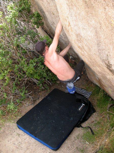 Boulder Crack (V2), Joshua Tree NP