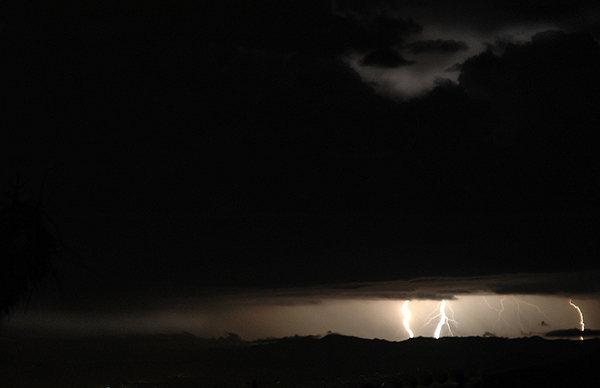 Lightning.<br> Photo by Blitzo.