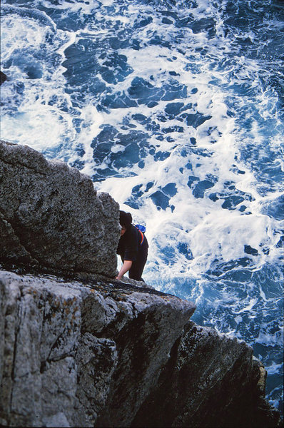 Rock Climbing Photo: Lisa leading into the corner on Quay Hole Corner