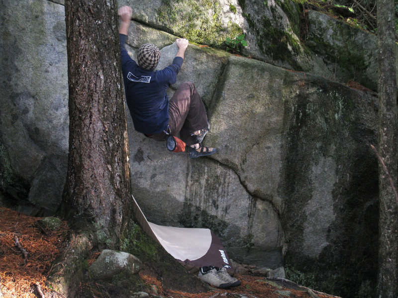Bouldering on some snotty Cypress rock, Vancouver