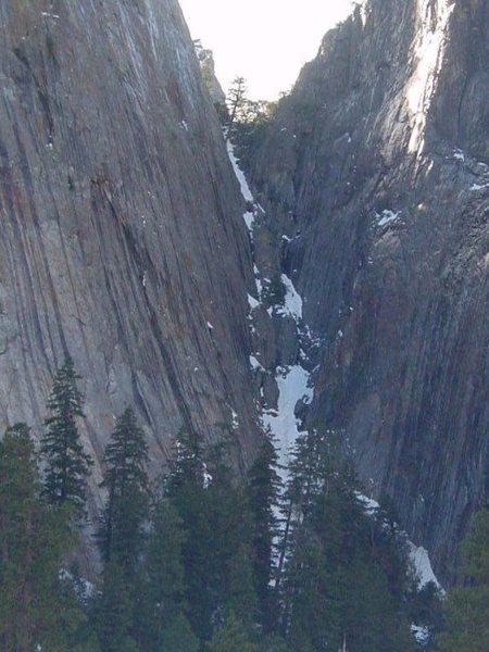 Rock Climbing Photo: Gunsight in winter
