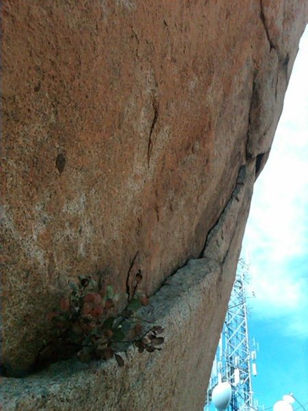 Rock Climbing Photo: The overhanging flake and start to Pit Bull