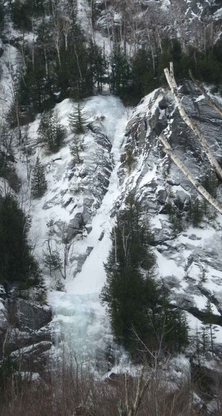 Rock Climbing Photo: Crystal Ice Tower (bottom) and the first pitch of ...