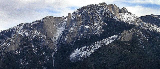 Castle Rock Spire area.<br> Photo by Blitzo.