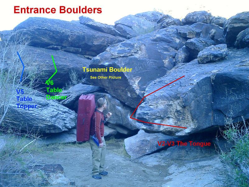 Rock Climbing Photo: Entrance Boulders