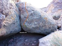 Rock Climbing Photo: Misery Cave North Entrance Right Topo