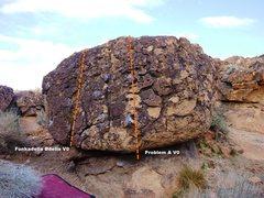 Rock Climbing Photo: Shorty Boulder Right Topo