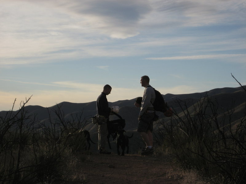 After a long day at the Texas Canyon rock we have to hike down to the car before dark