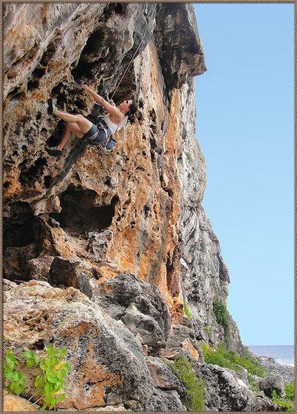 Rock Climbing Photo: Nelia Harper taking a ride up Chum Buckets