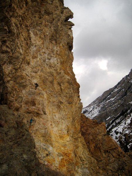 Climbing FLUFFER 5.11a @ jobsite