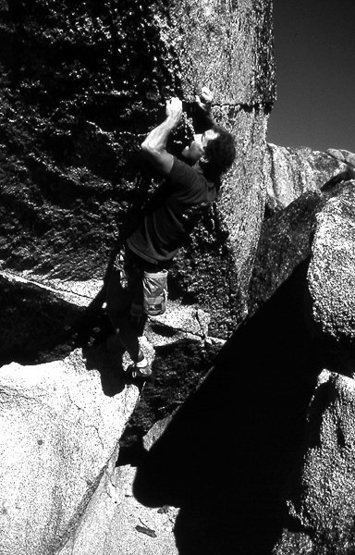 Rock Climbing Photo: Bouldering at Echo View. Photo by Blitzo.