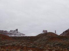 Rock Climbing Photo: Castleton, Rectory, Sister Superior in snow