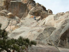 Rock Climbing Photo: Jim Belcer sussing out the traverse into the big c...