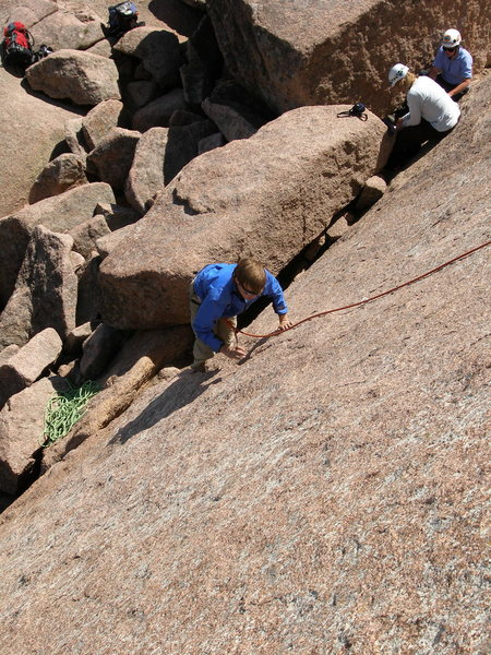 Rock Climbing Photo: Looking down on Cold Finger.