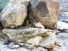Rock Climbing Photo: The approach up the south fork of Oak Creek passes...