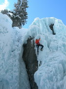 Rock Climbing Photo: Further up on a steep, hollow bit.  Note, from the...