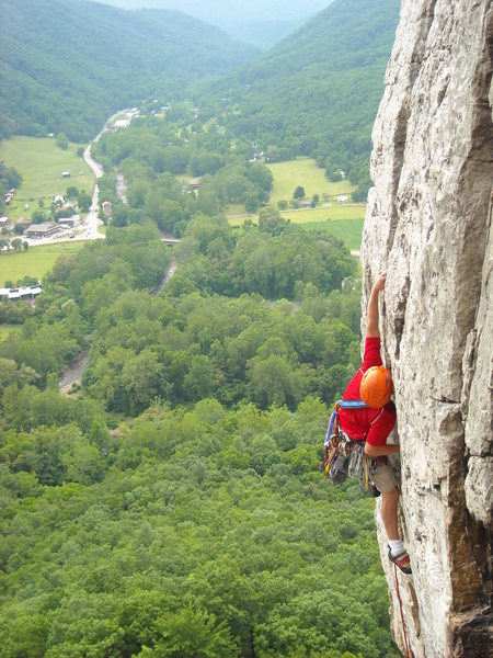 Ben Annibali leading Crack of Dawn 5.10a at Seneca Rocks, WV. Photo by Ross Purnell.